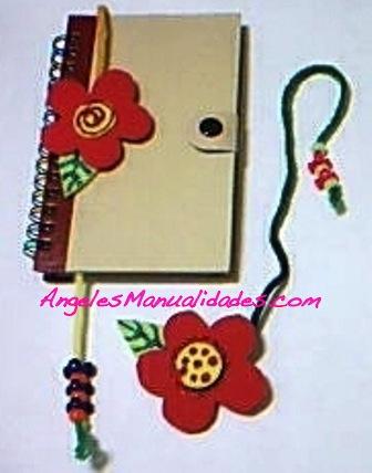 Marcador de Libros de Foamy con Diseño de Flor: Finalizado